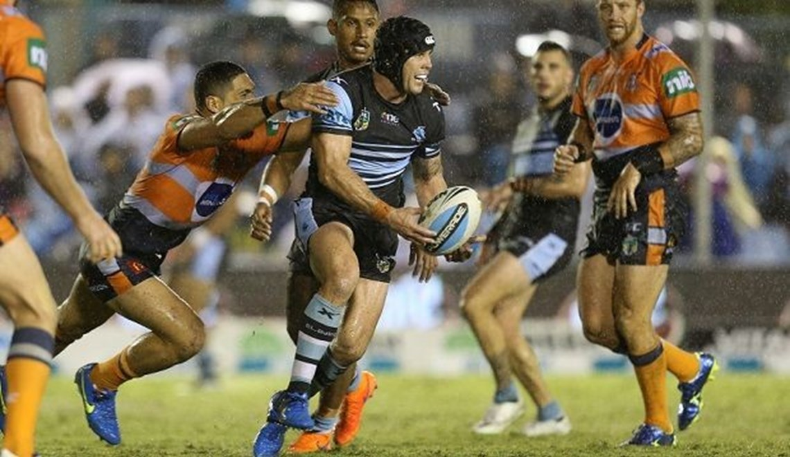 #rain : Digital Image Grant Trouville  © nrlphotos : NRL Rugby League - Round 6 : Cronulla Sharks v Newcastle Knights at Remondis Stadium, Friday April 10th 2015.