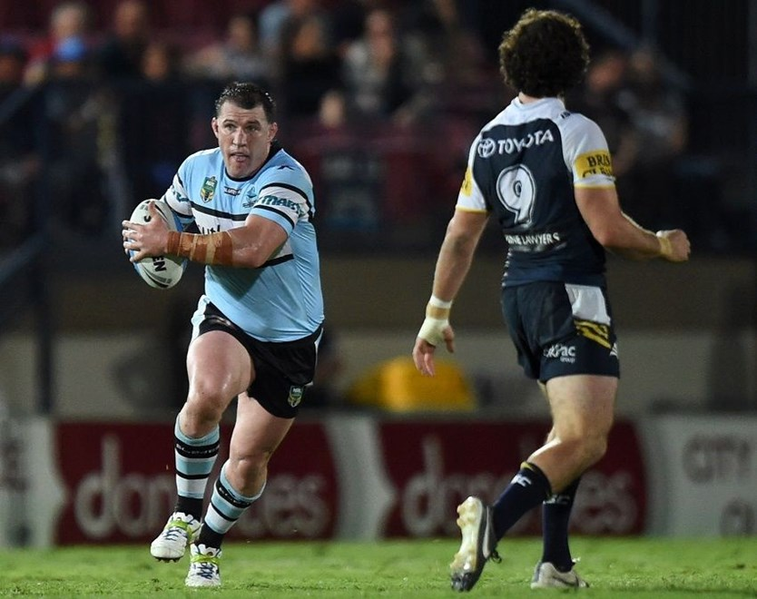 Paul Gallen : Digital Image Scott Davis NRLphotos: NRL Finals Week 2 North Queensland Cowboys V Cronulla-Sutherland Sharks at 1300 Smiles Stadium, Townsville, Saturday 19th September 2015