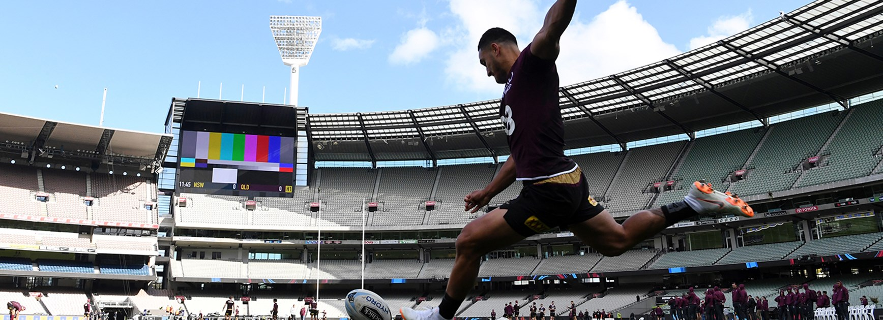 Holmes looks to kick Queensland home
