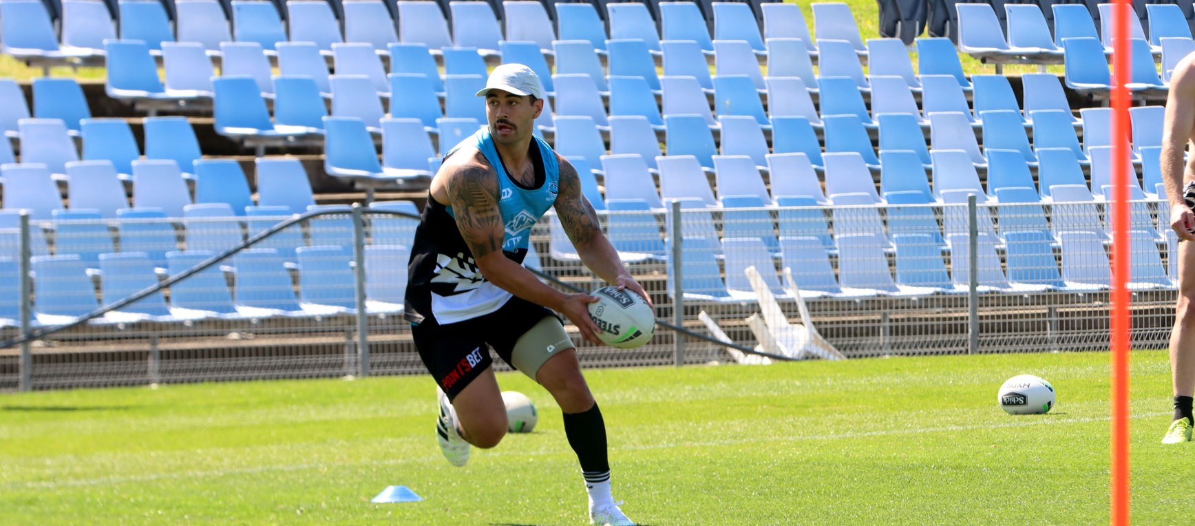 Sharks prepare for the Warriors